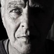 Da 0 a 100, ©https://pixabay.com/it/photos/viso-ritratto-uomo-anziani-984031/