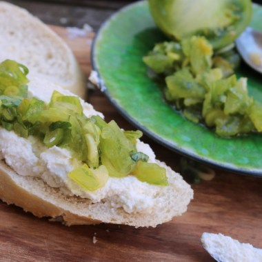 Bruschetta with Berloumi Ricotta and green tomato.