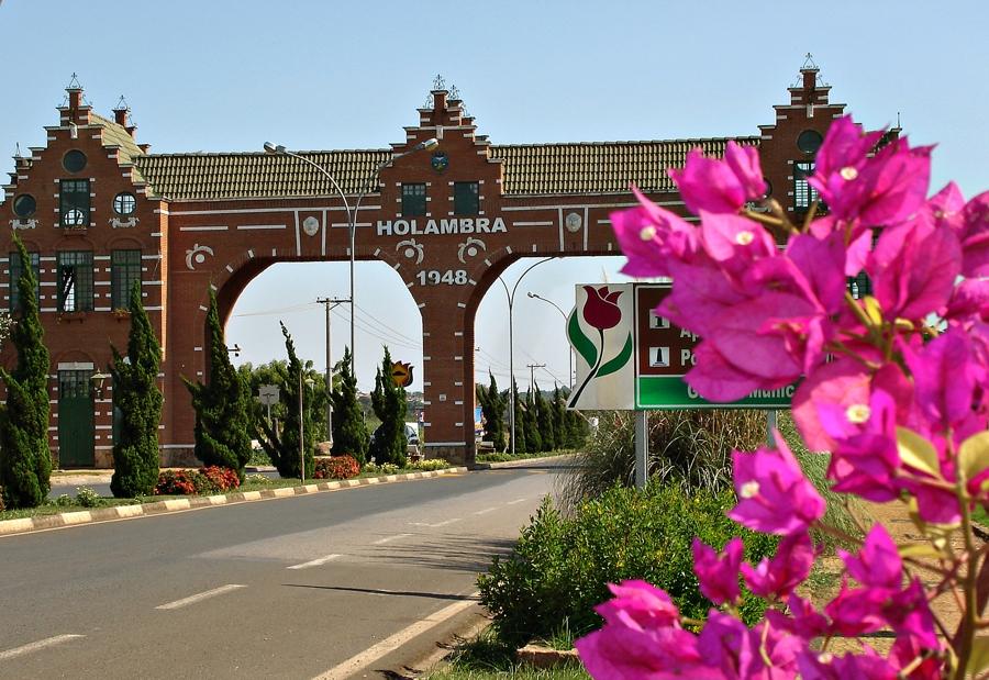 Entrada da cidade de Holambra