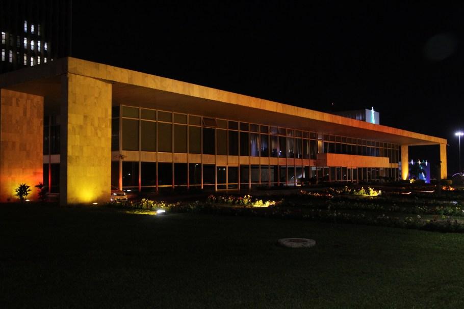 """Palácio do Buriti adere campanha de """"Não Violência Contra a Mulher"""""""