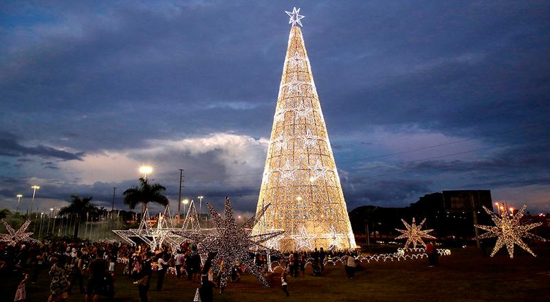 Iluminação Natal de Brasília 2018