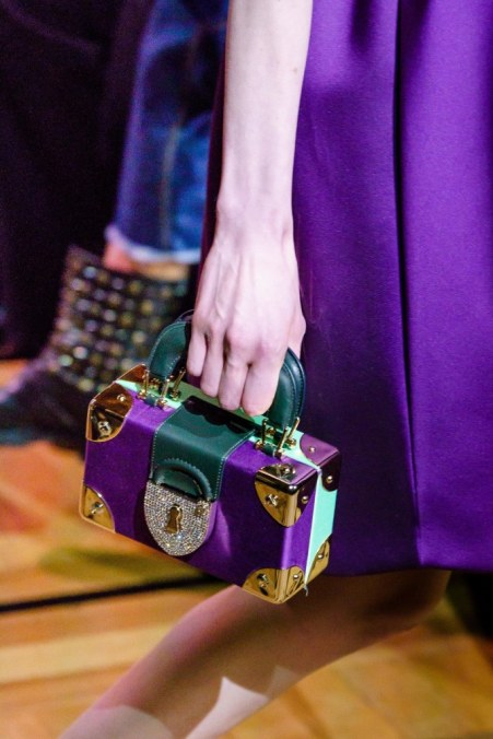 Paris Fashion Week Schiaparelli 2019 - bernadetealves.com