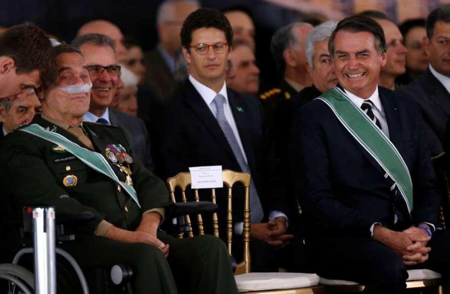 general Villas-Bôas e o presidente Bolsonaro