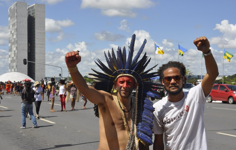 Dia Nacional de Luta dos Povos Indígenas - bernadetealves.com