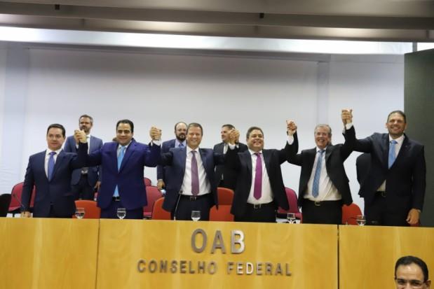 Felipe Santa Cruz comanda OAB - bernadetealves.com