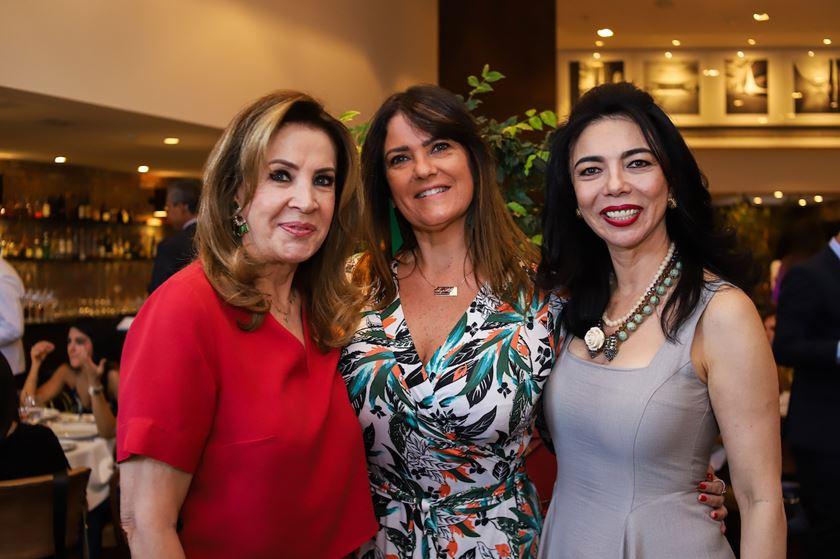 Cynthia Czarneski comemora a vida - bernadetealves.com