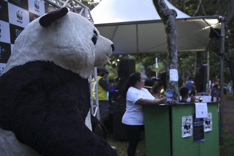 Hora do Planeta 2019 alerta para os perigos das mudanças climáticas - bernadetealves.com