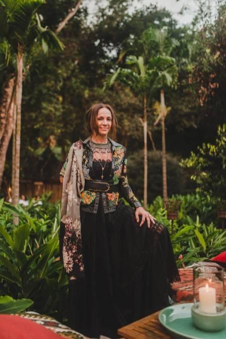 Jornalista Paula Santana
