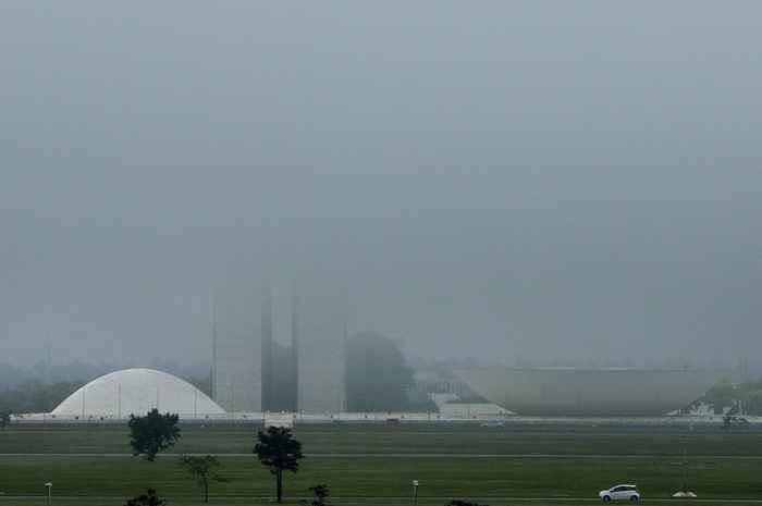 Brasília com cara de inverno - Congresso Nacional - Bernadete Alves