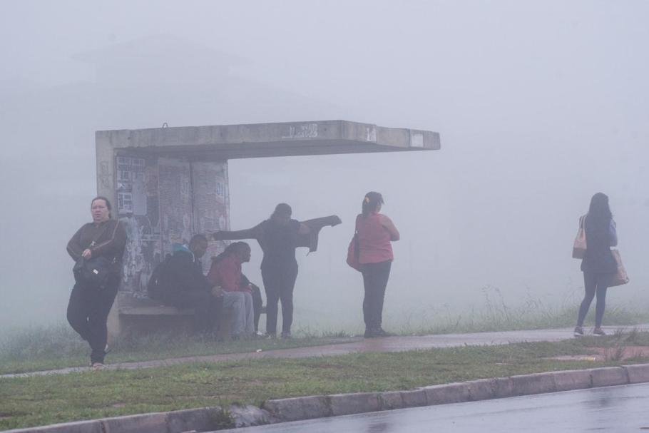 Brasília com cara de inverno  - Bernadete Alves