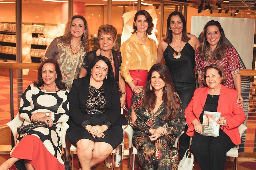 Livro Mulheres Antes e Depois dos 50 - Editora Leader - Bernadete Alves