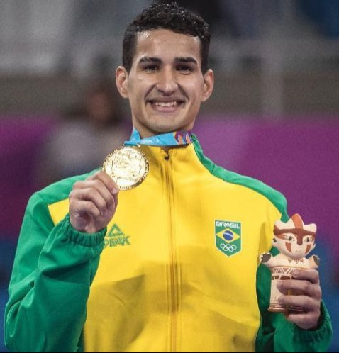 Edival Marques, o Netinho, ganha Ouro no taekwondo masculino no Pan 2019