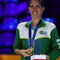 Nathalie Mollenhausen é a primeira campeã mundial de esgrima do Brasil