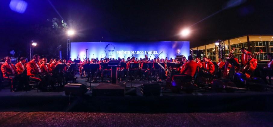 Orquestra da Marinha na festa de entrega do Prêmio Marco Maciel, na Praça dos Três Poderes
