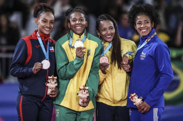 Brasil coleciona medalhas de Ouro no Pan de Lima  - Bernadete Alves