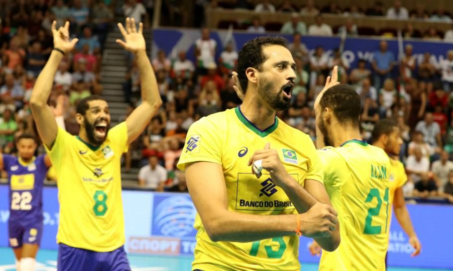 Vôlei masculino do Brasil vence Bulgária e vai para Tóquio 2020 - Bernadete Alves