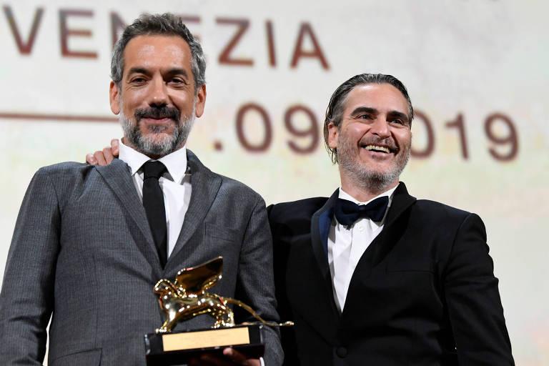Coringa ganha Leão de Ouro em Veneza  - Bernadete Alves