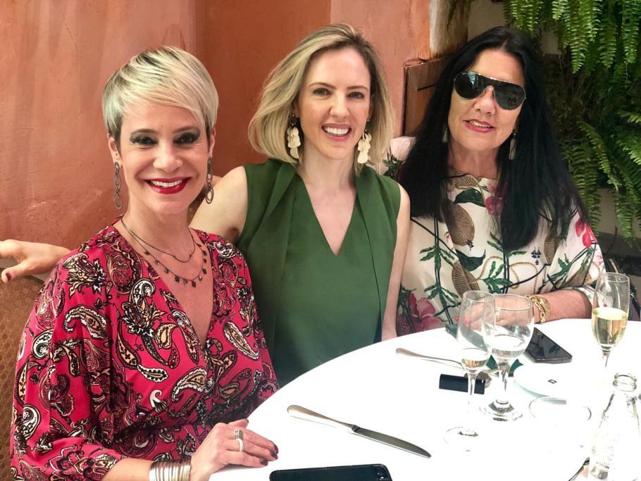 Gracia Cantanhede celebra a vida com requintado almoço -Lia - Bernadete Alves
