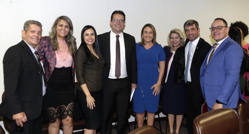 Presidente da OAB-DF pede compromisso e humildade aos novos advogados -Costa Couto - convidados - Bernadete Alves