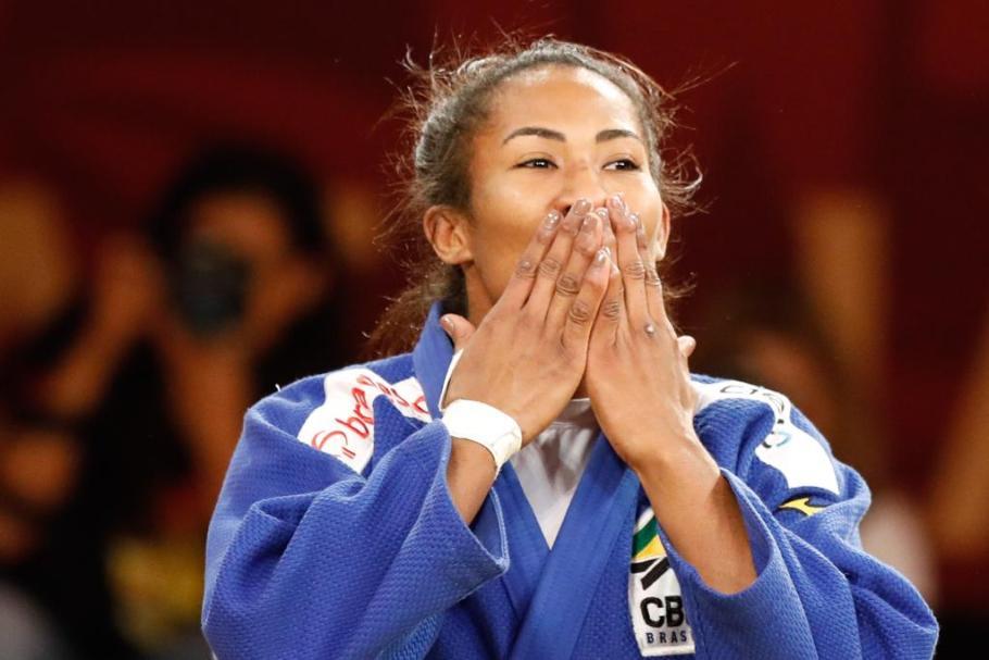 Brasiliense ganha Ouro no Grand Slam Judô Brasília  - Bernadete Alves