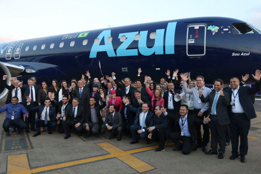 Embraer apresenta  jato 195-E2 produzido no Brasil - Bernadete Alves
