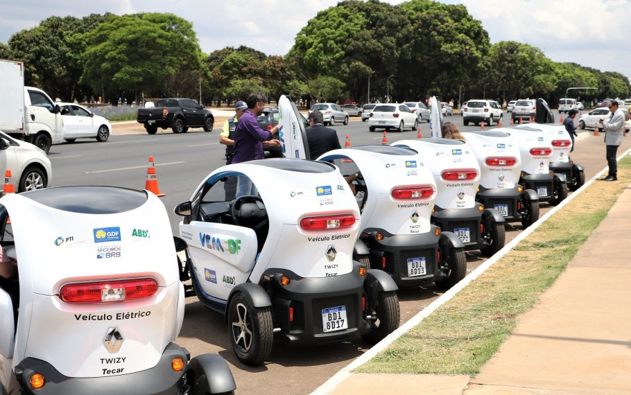 GDF lança VEM DF com carros elétricos compartilhados - Bernadete Alves