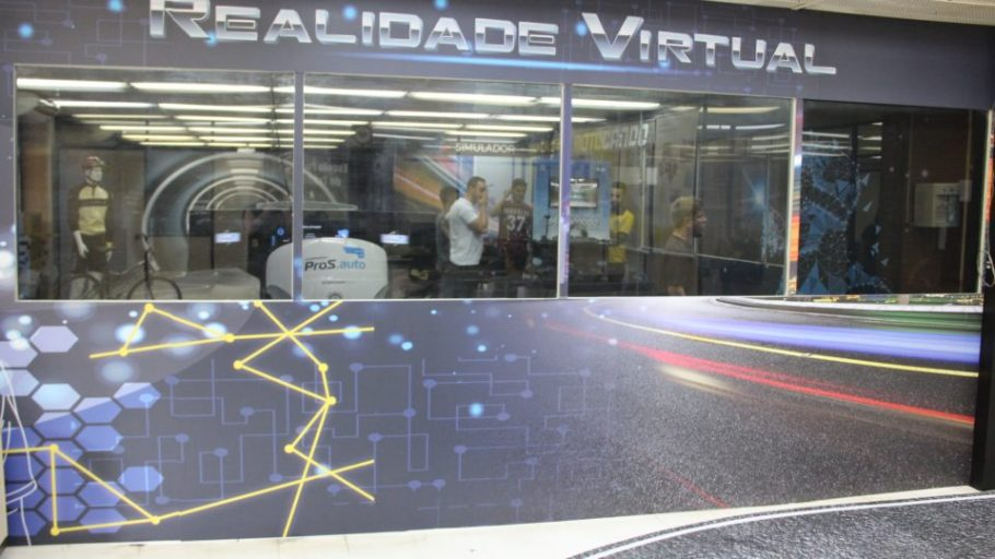 Sala de Realidade Virtual do Detran mostra os riscos de dirigir despreparado - Bernadete Alves