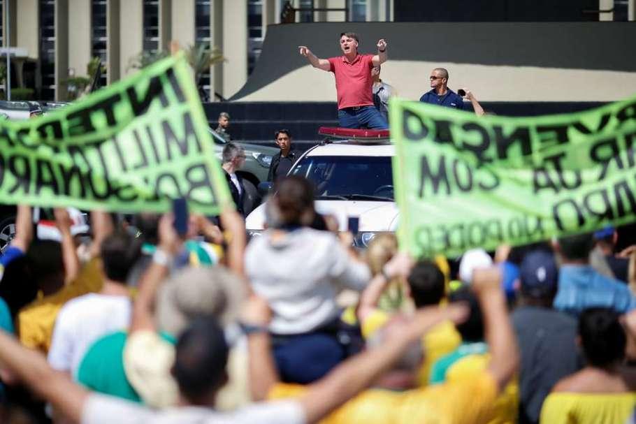 Insensatez coloca em risco a saúde e a democracia brasileira - Bernadete Alves