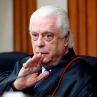 Ministro Hamilton Carvalhido perde a vida para a Covid