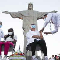 """Vacina contra covid-19 : """"Brasil Imunizado. Somos uma só nação"""""""