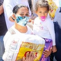 GDF entrega cestas básicas para 800 mães na Ceilândia