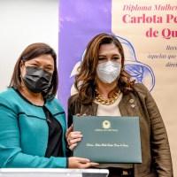 """Câmara dos Deputados entrega prêmio """"Mulher-Cidadã Carlota Pereira de Queirós"""""""