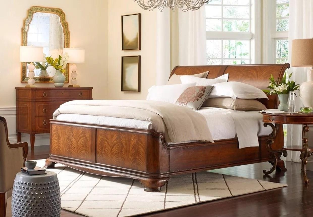 King Size Walnut Sleigh Bed