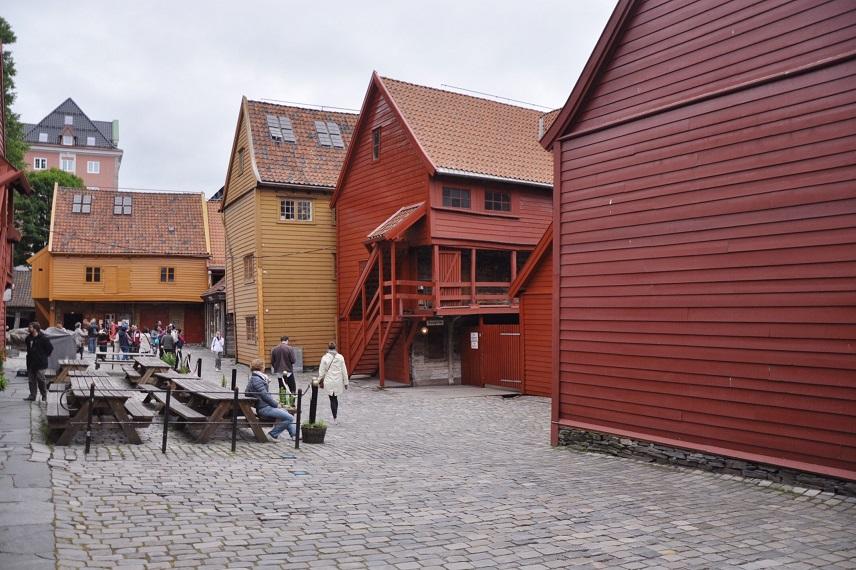 Bryggen evleri arka sokakları