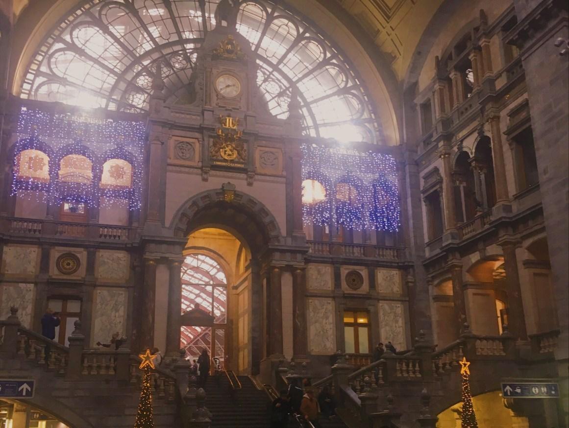 Antwerp Tren İstasyonu