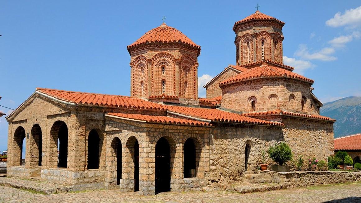 Aziz Naum Manastırı