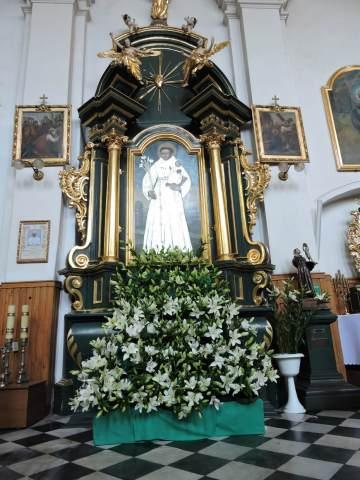 ołtarz ś Antonie w klasztorze Ojców bernardynów w Piotrkowie Tryb.