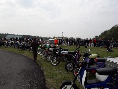 Bernau: Zwischen Simson, Trabi, Ersatzteile und Modell-Motorsport