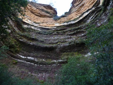 Layers of clay amidst the sandstone near Wentworth Falls in the Blue Mountains