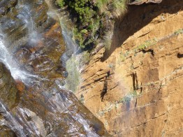 Huge sandstone cliffs at Wentworth Falls