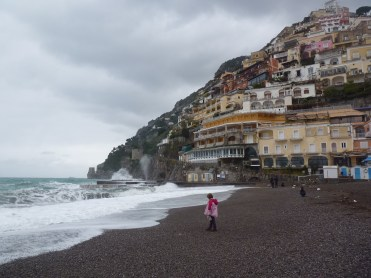 The volcanic sands of mid-winter Positano