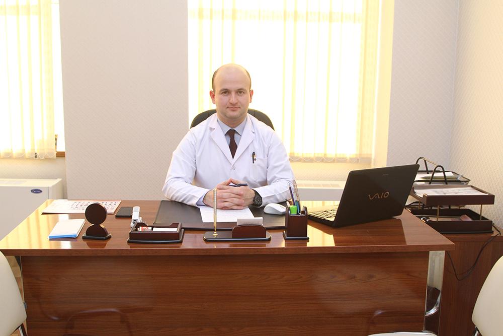 Dr Kamil Eyvazov