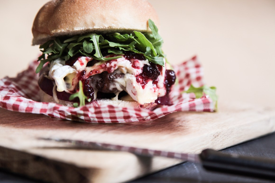 Quick Venison Burger with Camembert and Cranberry Jelly