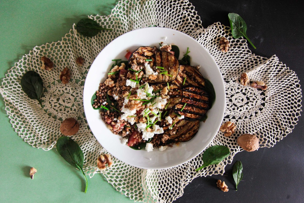 Delicious Aubergine, Grilled Goats Cheese, Spinach and Walnut Salad (low FODMAP)