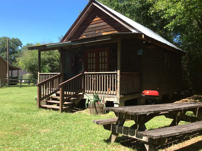 rustic cabin sleeper sofa temple lumberjack - bogalusa louisiana vacations   berry ...