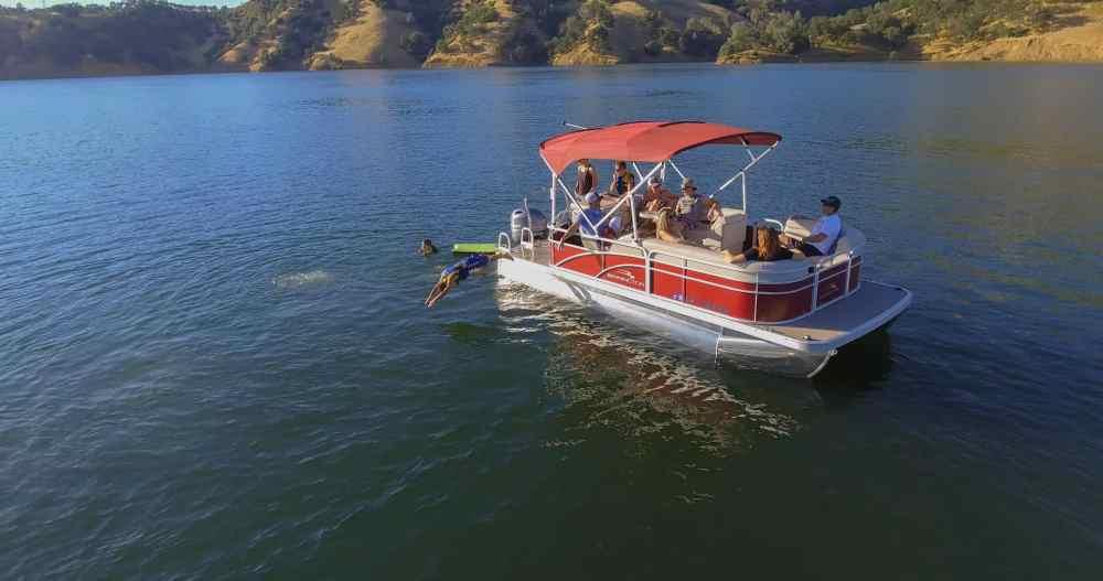 medium resolution of wakesurf boats patio pontoon boats waverunner fishing boats