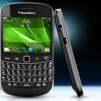 BlackBerry Bold 9900 gets new OS 7.1