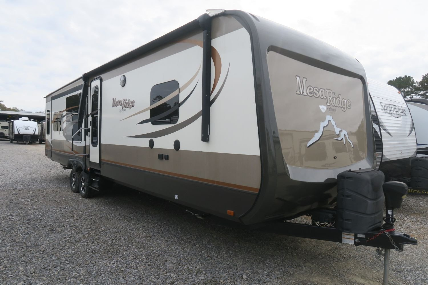 USED 2017 MESA RIDGE ROAMER 323RLS  Overview  Berryland