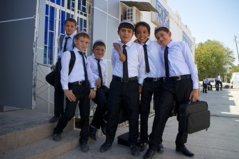 Schooljeugd Turkmenistan