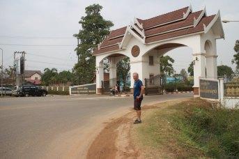 Poort van de Friendships Bridge van Laos naar Thailand